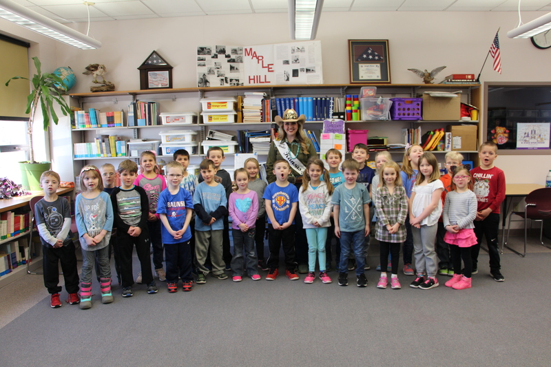 Miss Rodeo KS visits Wabaunsee elementary schools